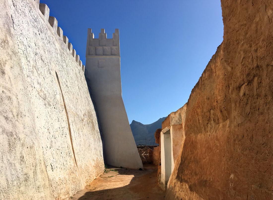 Themareis Zuid-Marokko. De burcht van Illigh. Toren van de harem